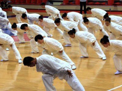 「中華養生法の宝」と称される『八段錦』(導引気功術)を学ぼう